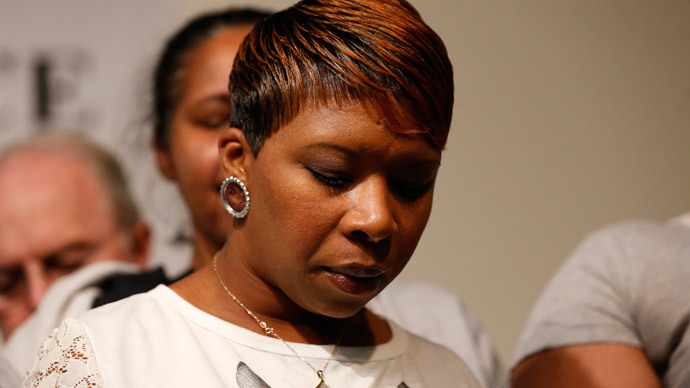 Michael Brown's family mulls lawsuit against Darren Wilson, Ferguson PD