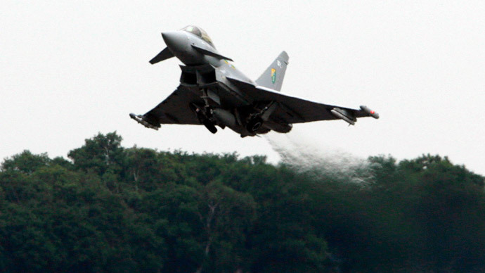 A Typhoon jet fighter.(Reuters / Darren Staples)
