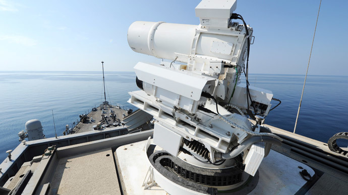 The laser weapon system (LaWS) is tested aboard the USS Ponce amphibious transport dock during an operational demonstration while deployed in the Gulf in November 15, 2014 US Navy handout photo provided December 11, 2014. (Reuters / John Williams)
