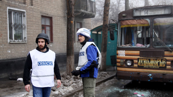 12 killed in shelling of humanitarian aid center, bus stop in Donetsk