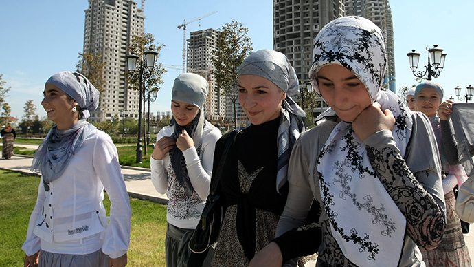moscow single muslim girls Girls from odessa girls from kiev  number of active single ladies - 24335: add  the number of marriages with foreigners has increased several times in moscow.