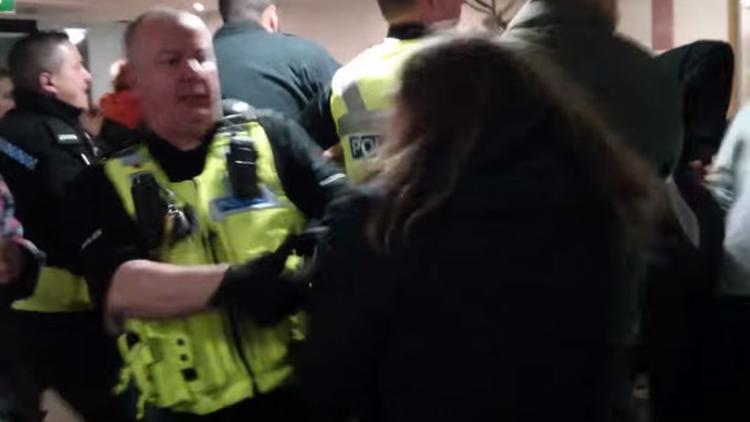 Warwick students pass no-confidence vote against college boss after violent police crackdown