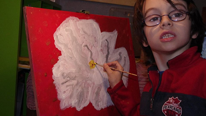 6yo artist donates first income to help poor kids in Angola