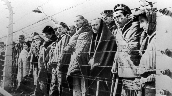 Inmates of Auschwitz concentration camp liberated by Red Army troops in January 1945. (RIA Novosti)