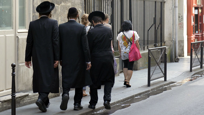 Paris urges Jews to ignore Israeli PM's calls to leave France