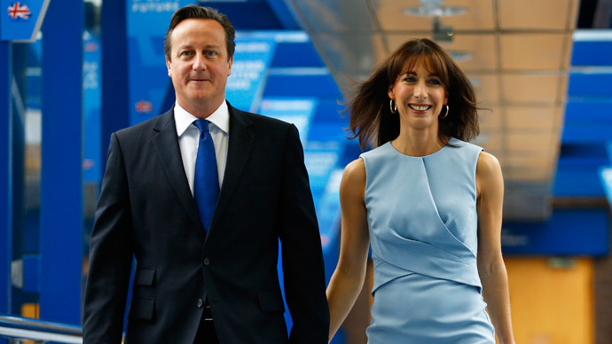 Prime Minister David Cameron with his wife Samantha Cameron. (Reuters / Darren Staples)