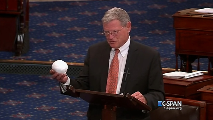 Environmental chair throws snowball on Senate floor to rail against global warming (VIDEO)