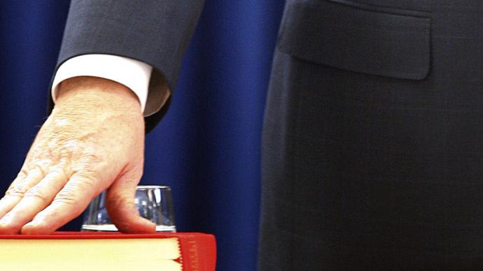 Mistrial declared after key Muslim witness swears oath on Bible