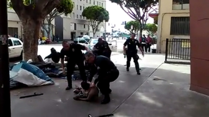 Video shows Skid Row man grabbed for gun that malfunctioned before being shot – LAPD