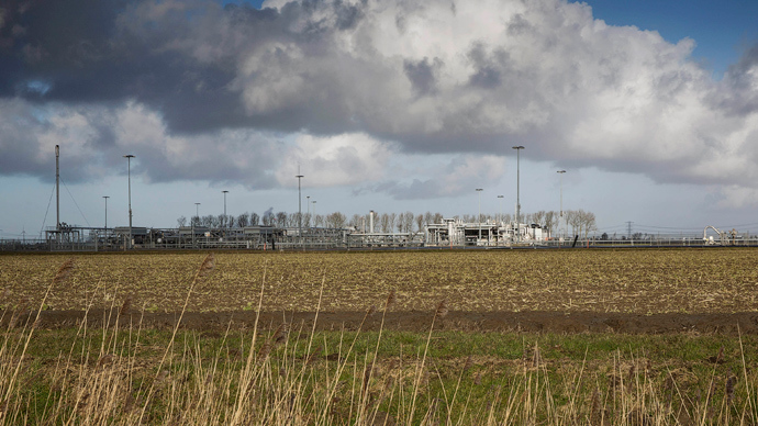 A view of a gas production plant is seen in 't Zand in Groningen February 24, 2015 (Reuters / Michael Kooren)