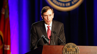 David H. Petraeus (Reuters / Alex Gallardo)