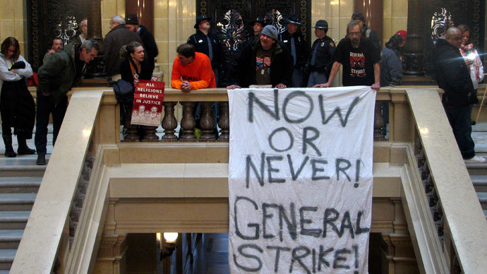 Wisconsin approves union-killing 'right-to-work' bill, governor expected to sign