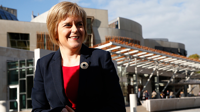 'No Labour-SNP deal': Miliband rules out formal coalition with Sturgeon's party