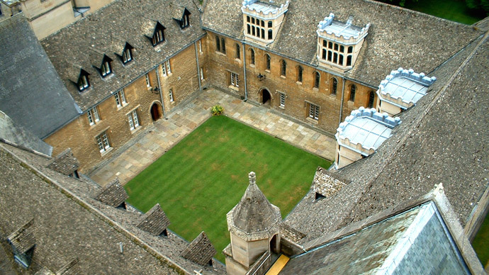 'Bitterly disappointed' Oxford students occupy over fracking divestment deferral
