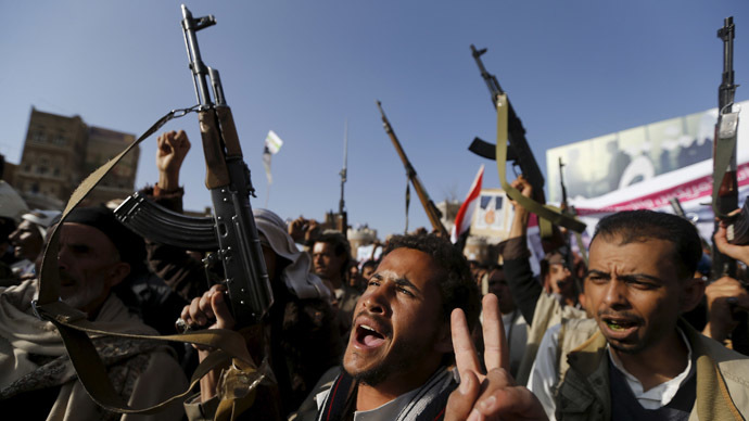 Followers of the Houthi demonstrate against the Saudi-led air strikes on Yemen, in Sanaa April 1, 2015. (Reuters/Khaled Abdullah)