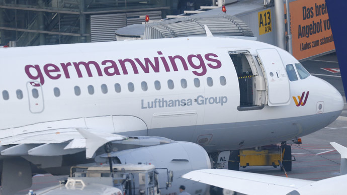 Germanwings co-pilot appears to have crashed plane deliberately – prosecutor