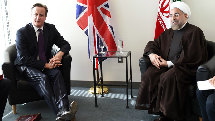 Britain's Prime Minister David Cameron (L) meets with Iran's President Hassan Rouhani.(Reuters / Timothy A. Clary)