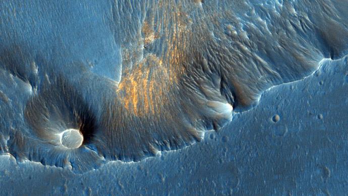Hematite in Capri Chasma (Image Credit: NASA / JPL-Caltech / University of Arizona)