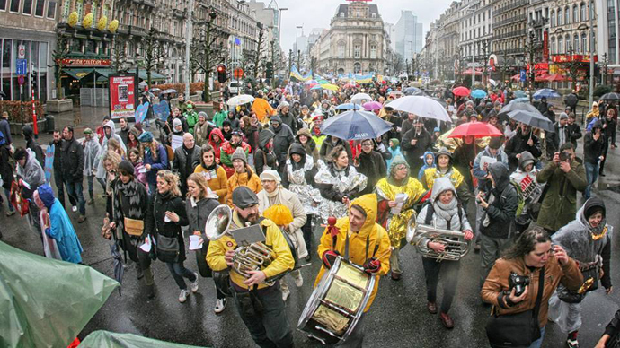 Tens of thousands march against austerity in Brussels