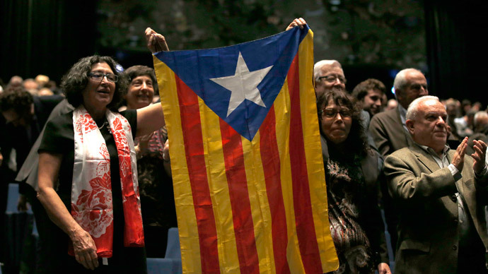 Catalan nationalists sign 'road map' to secede from Spain in 2017