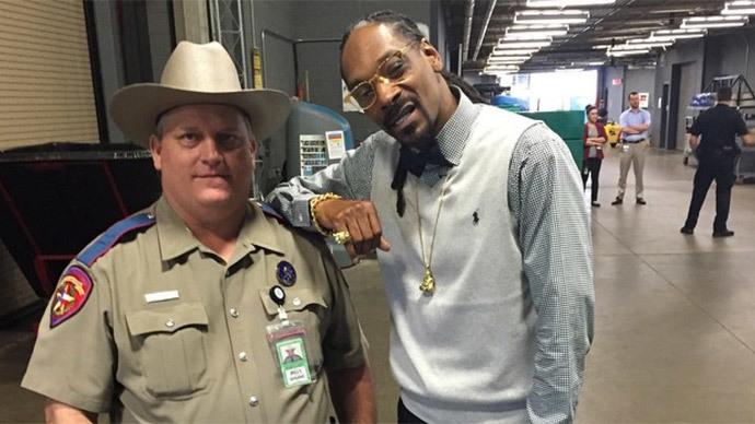 Snoop Dogg Instagram pic lands Texas trooper in hot water