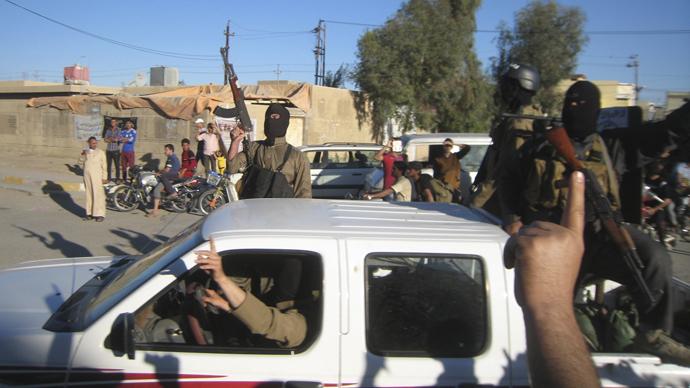 Al-Qaeda militants capture military base in southeast Yemen