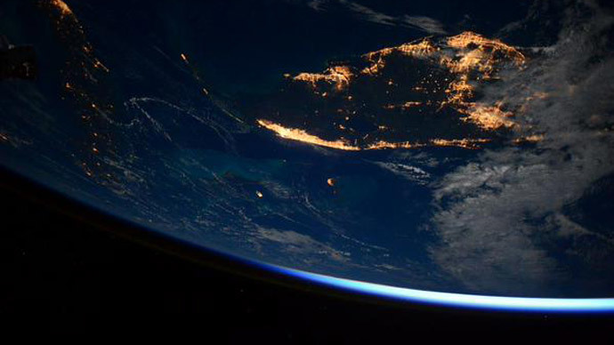 Out of this world: NASA spaceman posts stunning pics on his 1yr ISS mission