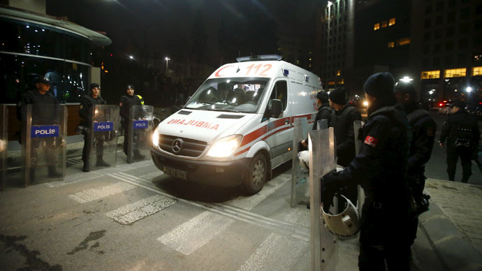 An ambulance leaves the Justice Palace in Istanbul March 31, 2015. (Reuters/Osman Orsal)