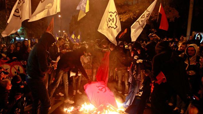 Ukraine bans Communism & Nazism, celebrates UPA nationalists as 'freedom fighters'
