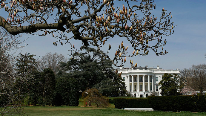 Former White House aide investigated for defrauding foreign investors, promising Green Cards