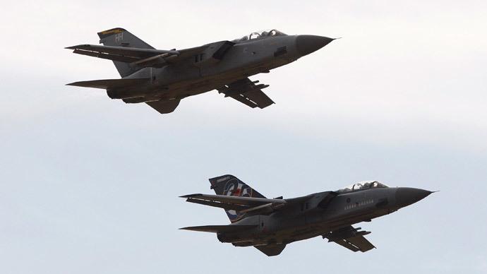 Royal Air Force (RAF) Tornado F3 aircraft (Reuters / David Moir)
