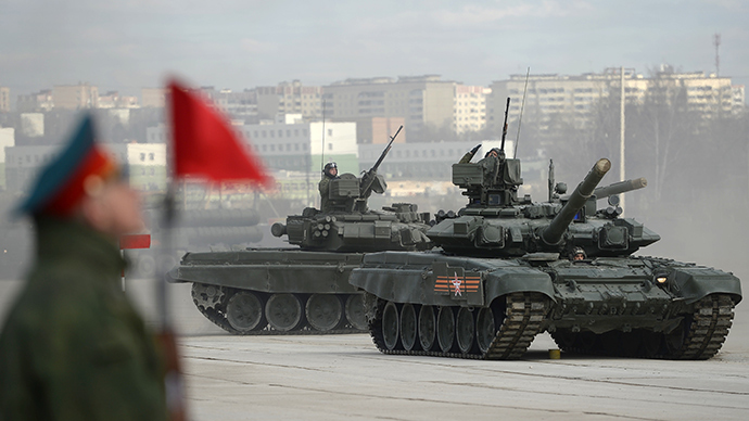 T-90 tanks to S-400 missiles: Top Russian military hardware rehearse for 70th V-Day parade (VIDEO)