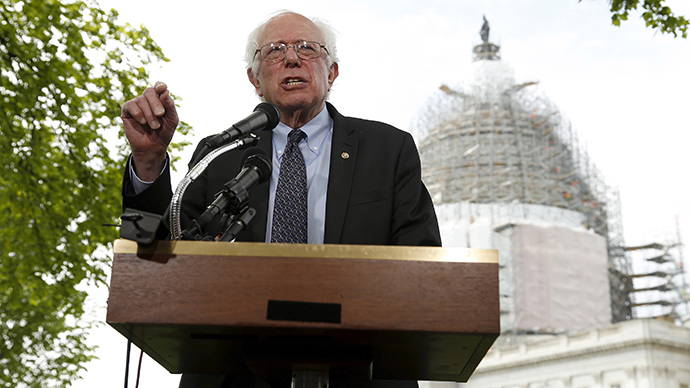 U.S. Senator Bernie Sanders (I-VT) holds a news conference outside the U.S. Capitol in Washington, April 30, 2015 (Reuters / Jonathan Ernst)