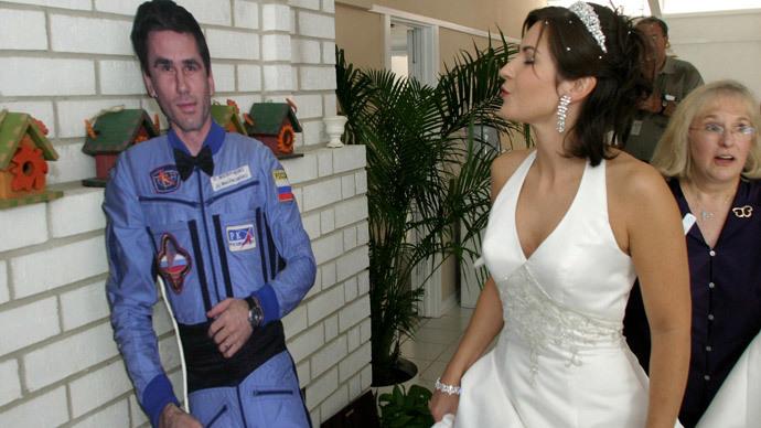 Colorado to limit proxy weddings to service members, gov't contractors