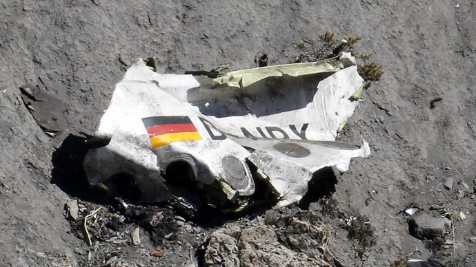 ​Germanwings co-pilot 'rehearsed' descent hours before doomed flight