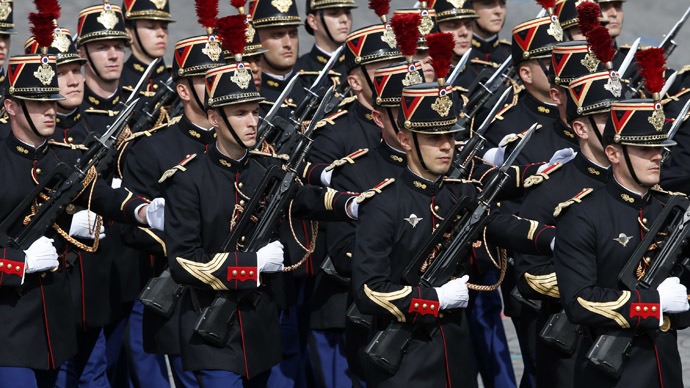 Members of the French Republican Guard. (Reuters/Benoit Tessier)