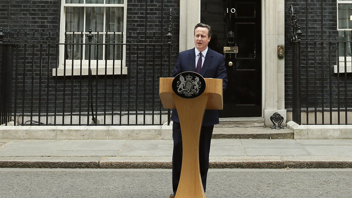 Britain's Prime Minister David Cameron speaks outside Number 10 Downing Street to announce he will form a new majority goverment in London, Britain May 8, 2015. (Reuters/Stefan Wermuth)