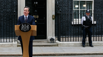 Britain's Prime Minister David Cameron speaks outside Number 10 Downing Street to announce he will form a new majority goverment, in London, Britain May 8, 2015 (Reuters / Stefan Wermuth)