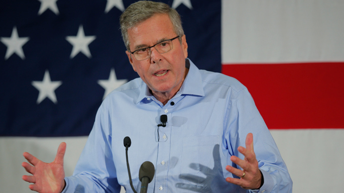 Brotherly love: Jeb Bush says he would've invaded Iraq too