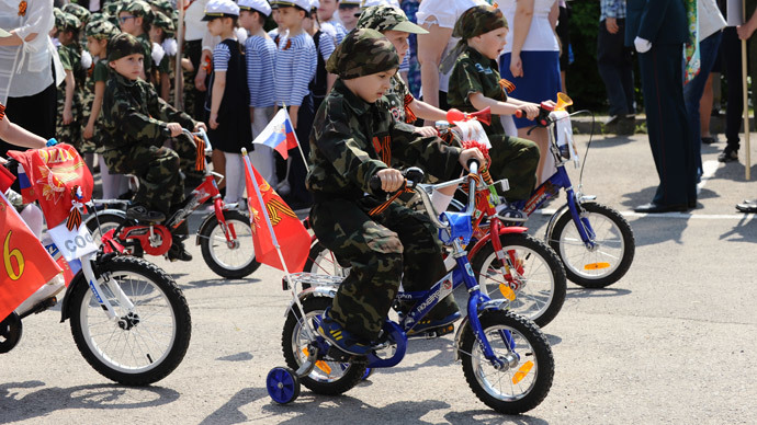 500 kids participate in 'Child Troop Parade' in southern Russia
