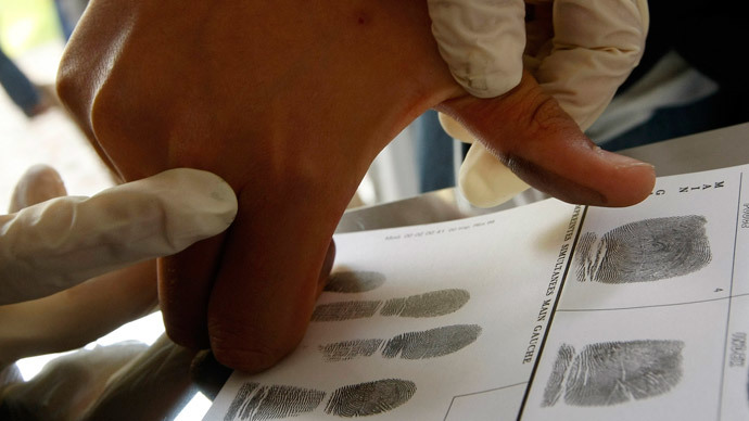 Line detector: New test verifies cocaine use based on single fingerprint