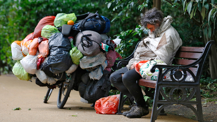Third of UK people lived below poverty line - ONS