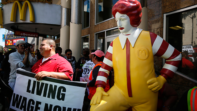 'Fight for 15' protesters hand over 1mn-signature petition at McDonald's HQ