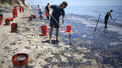California catches crabs: Thousands of crustaceans wash ashore