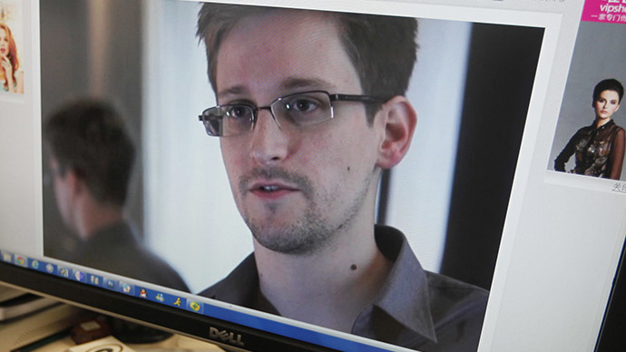 Snowden talks NSA surveillance reform, reveals Papa John's exists in Russia