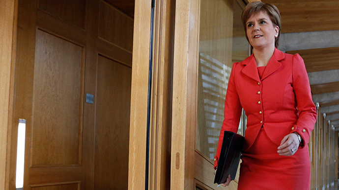 Sturgeon attacks austerity Britain, commits Scotland to EU