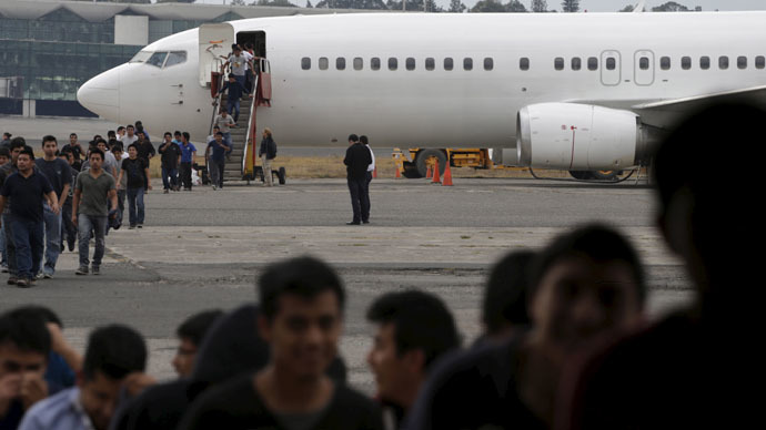Illegal migrants from Guatemala, deported from the US, arrive at an air force base in Guatemala City (Reuters/Jorge Dan Lopez)