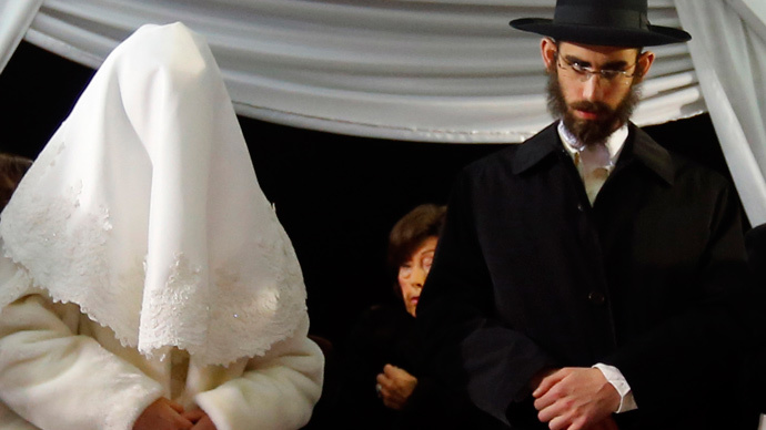​Kinky & kosher: Rabbi sells sex toys to Orthodox Jewish couples