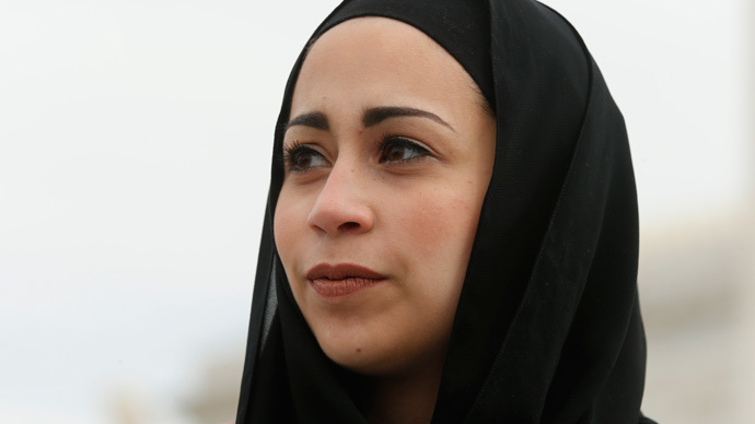 SCOTUS rules in favor of Muslim woman over head scarf in Abercrombie & Fitch suit