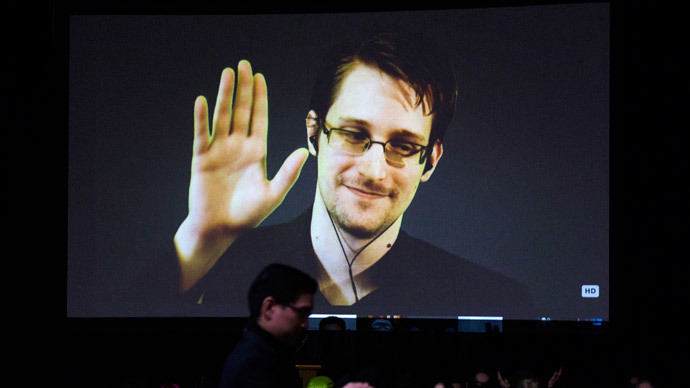Obama administration still wants to prosecute Snowden despite surveillance debate